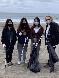 Key Club and Kiwanis Advisor Earth Day Doran Beach Clean Up