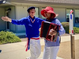 Jean-michel Poulnot and Debbie Knapp provided music and song at the Bastille Day 2021 celebration (photo by Julie Kiil)
